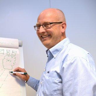 Geir Hogstad, kursinstruktør